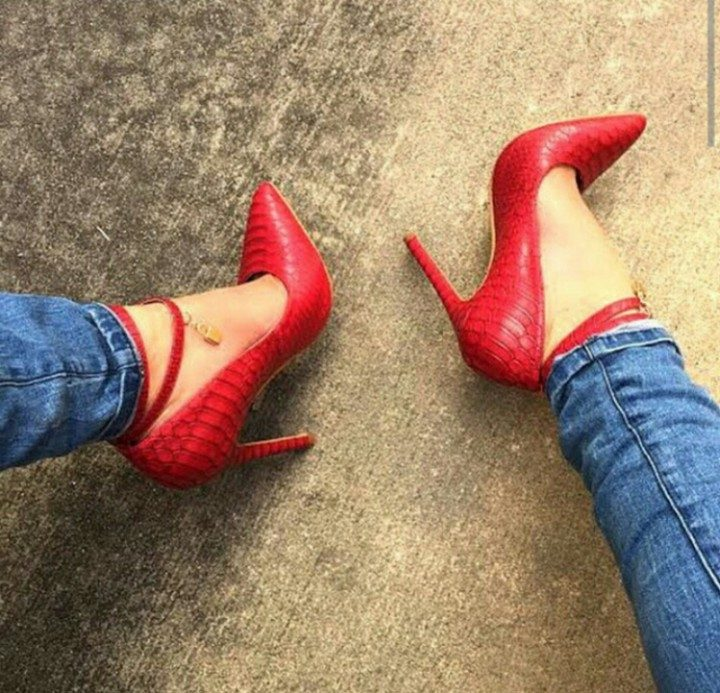 REDKISS LOVE LOCK PUMP LEATHER SHOES